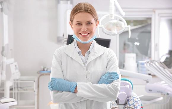 Dicas para manter a saúde dos dentes e gengivas